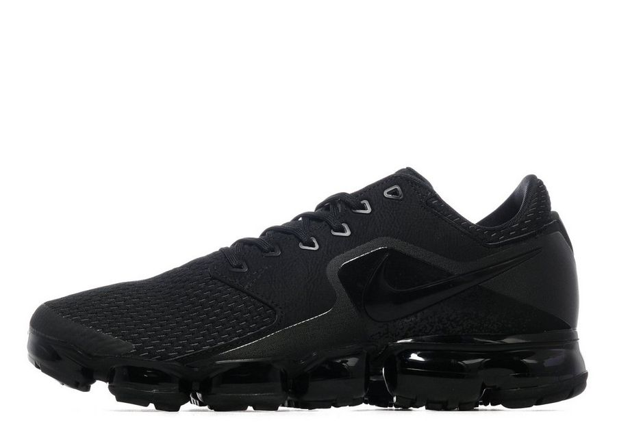 Nike Air VaporMax Black Men s – TrainerSaver 19af15aa0