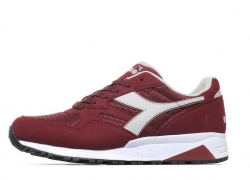 1ee6399cd7cca Diadora N902 Mens s Trainers